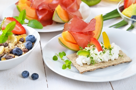 Healthy breakfast with fresh fruit, crispbread, lean ham and cottage cheese Stock Photo - 19055515