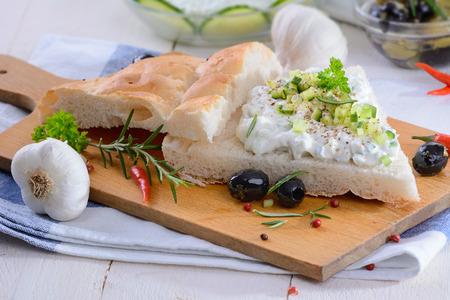 tzatziki: Fresh pita bread tzatziki