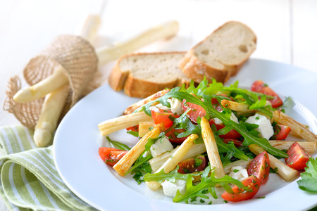 downloaded: Mixed salad with fried white asparagus, Greek feta cheese, rocket and cherry tomatoes, served with baguette