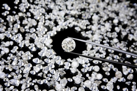 diamond stones: Diamond In Tweezers