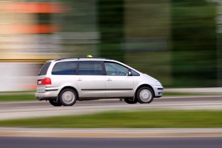 Blur snelle telefoon taxi op tijd, reizen en transport