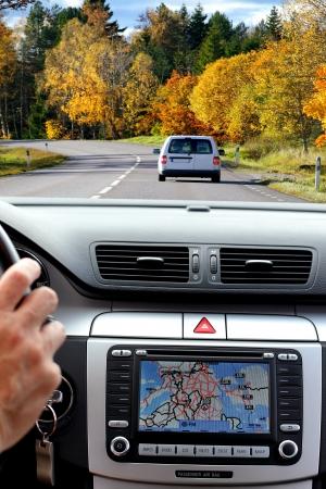 Auto dashboard met gps-paneel, reizen en technologie achtergrond
