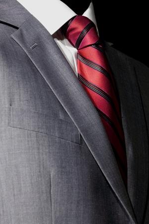 lazo negro: Traje elegante y con estilo