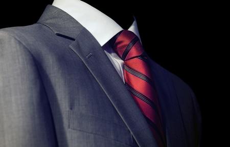lazo negro: Elegante hombre de negocios en traje oscuro, reuni�n de negocios Foto de archivo
