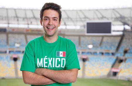 Mexicaanse sportfan in voetbalstadion Stockfoto