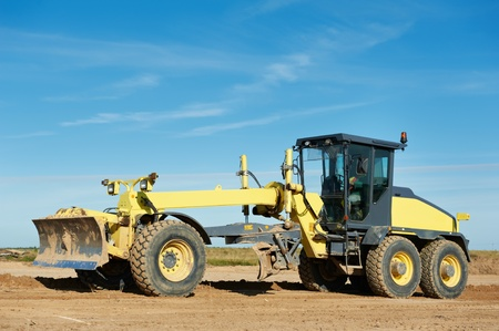 heavy duty: road grader bulldozer