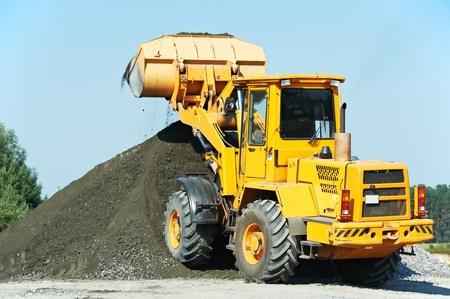 heavy construction loader Stock Photo - 10466297
