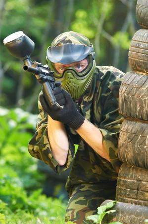 pistola: jugador de paintball