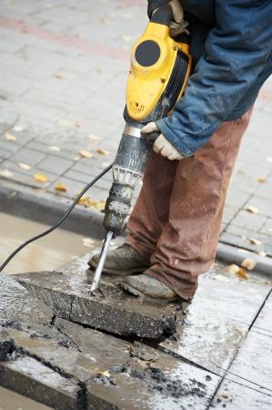 Pre�lufthammer: Bauarbeiter mit Perforator Lizenzfreie Bilder