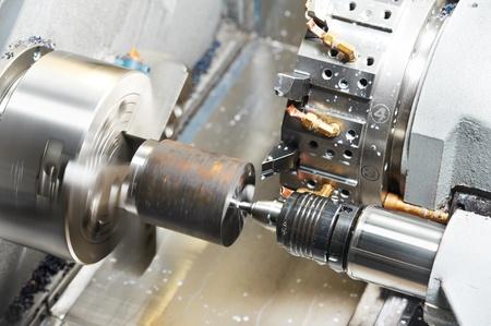 metal de proceso de mecanizado en blanco