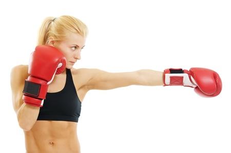 boxeador: boxeador de mujer con guantes de boxeo rojos