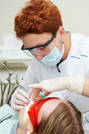 stomatologist: Dental medical treatment