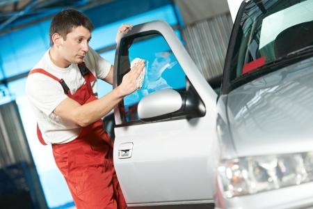 garage automobile: service de lavage auto nettoyage auto Banque d'images