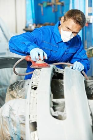 auto mechanic polishing car Stock Photo - 16404858