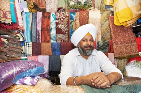 turban: adult indian sikh seller man Stock Photo