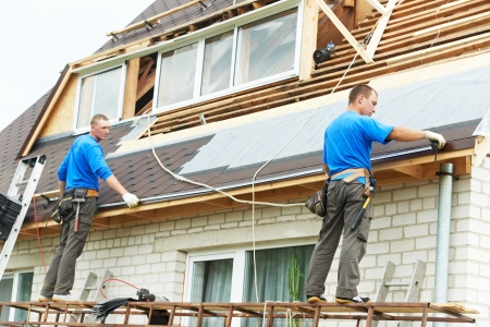 trussing: roofing work with flex roof Stock Photo