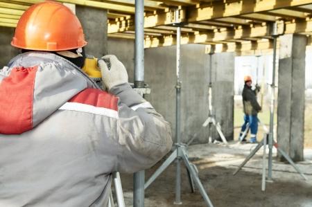teodolito: Trabajos topográficos en el sitio de construcción