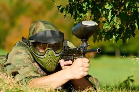 pistola: paintball jugador que tenga a fuego