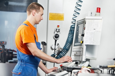 fettler: trabajador industrial en el taller de la herramienta