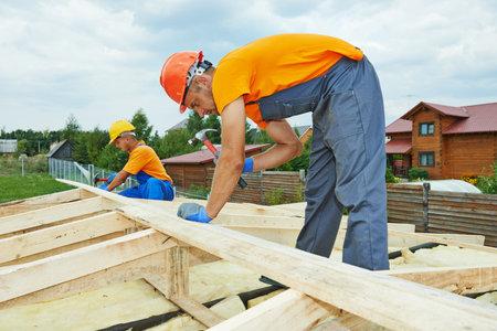trussing: carpentieri edili lavoratori equipaggio Lavori di installazione di tetti