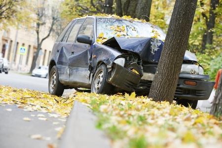 Verkeersongeval auto-ongeluk op een stad weg snelweg Stockfoto - 22801832