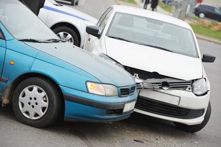 auto-ongeluk botsing ongeluk op een stad weg snelweg Stockfoto