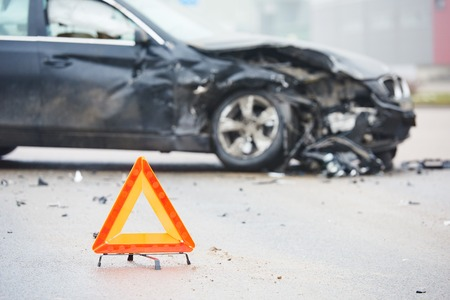 car crash accident on street, damaged automobiles after collision in city Foto de archivo