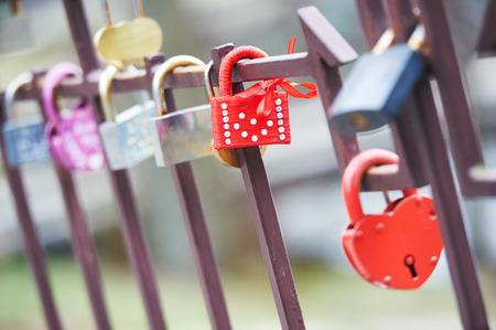 fidelidad: Decorado Love Lock como un símbolo de la relación fidelidad Foto de archivo