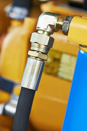 hydraulic: Hydraulic pressure pipes system of construction machinery