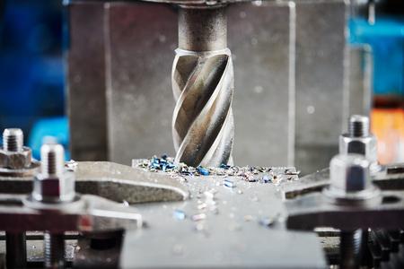 industriële metaalbewerking machinale snijproces van lege detail door frees met hardmetaal carbide insert
