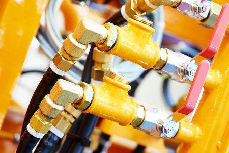 Hydraulische druk buizen en hulpstukken aansluiting van industriële apparatuur