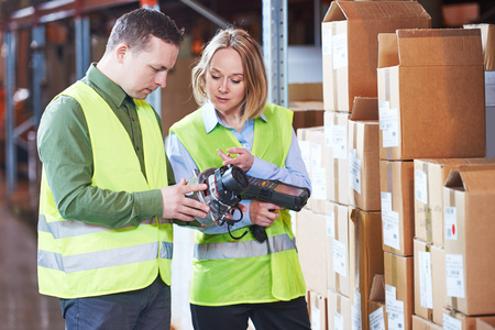 Warehouse Management System. Arbeider met barcode scanner