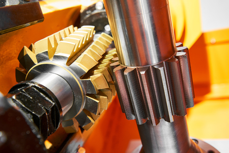 metalworking tooth gear cogwheel machining by hob cutter mill tool