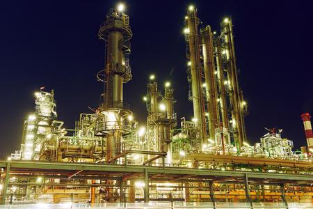Oil refinery plant or factory Standard-Bild