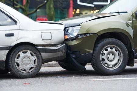 car crash accident on street, damaged automobiles after collision in city Standard-Bild