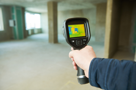 thermal imaging camera inspection for temperature check and finding heating pipes Stock Photo - 118736255