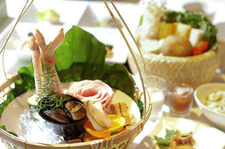 chafing dish: Seafood Center