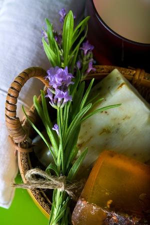 라벤더 핸드 메이드 비누 스톡 사진