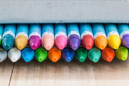 casing: Close up set of crayon in the box