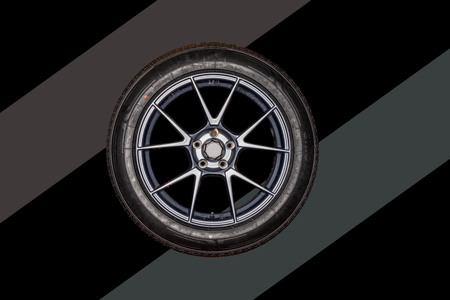 Tires that are separated from the technology background