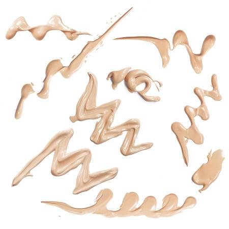 productos de belleza: conjunto de golpes en la base líquida