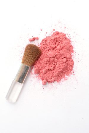 pink powder: Cosmetic pink powder Crushed and brush