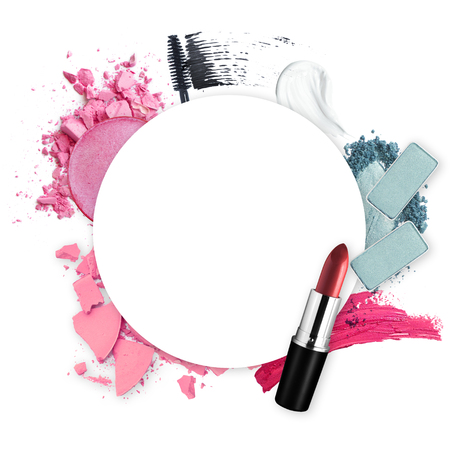 Frame of various decorative cosmetic for promotion beauty concept Banque d'images - 106138268