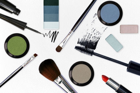 cosmetic with make up tools on white leather background Banque d'images - 106138273