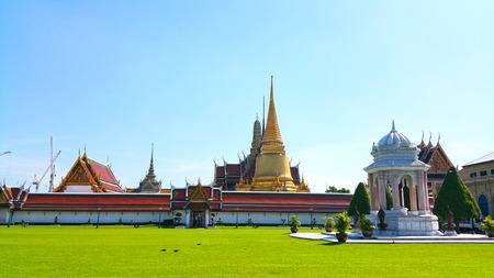 in wat phra kaew: Bangkok - Wat Phra Kaew ( Temple of the Emerald Buddha)