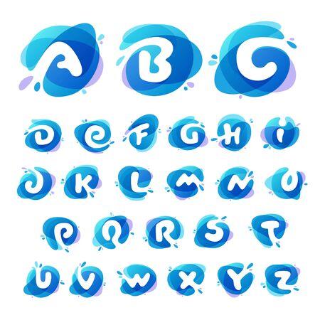 Alfabeto en el fondo de salpicaduras de agua azul. Elementos de ecología vectorial para carteles, camisetas, presentación de ecología o tarjeta. Ilustración de vector