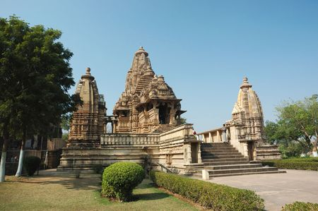 khajuraho: Templos hind�es en Khajuaraho - famoso lugar sagrado de la India, patrimonio de la humanidad
