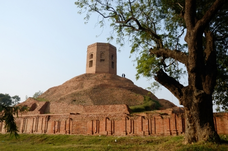 sarnath: Chaukhandi Stupa in Sarnath with octagonal tower to commemorate the visit of Humayun, the powerful Mughal ruler,Uttar Pradesh,India