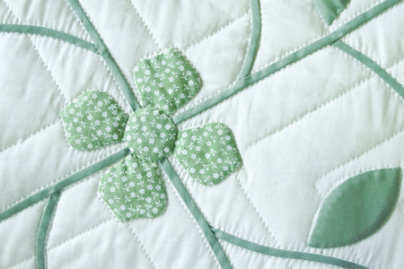 bedspread: Thai Traditional Handmade Quilted Patchwork Bedspread Flower Pattern