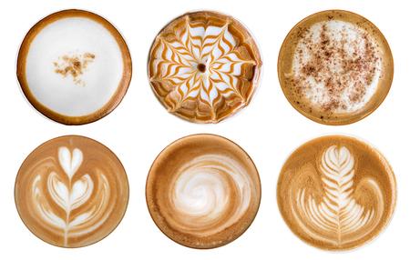 Bovenaanzicht van hete koffiecappuccino latte kunstschuim set geïsoleerd op een witte achtergrond